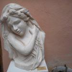 femme antique 580 euros