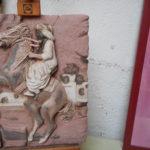 bas relief 250 euros